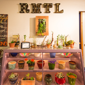 unique_gifts_rmtl_garden_center